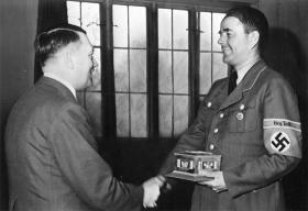 Albert Speer - Reichsarkitekt og nazi rustningsminister