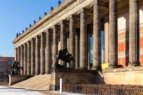 Museumsøen og byens store arkitekt Schinkel