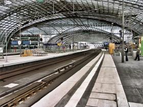 Gruppe rejser med tog er billigt - find en gruppe hvis du mangler en