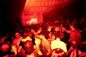 Nikolaj Tange Lange: Livet er en fest og så dør man