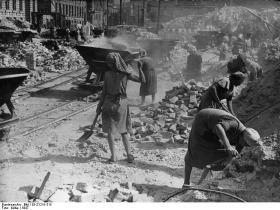 Trümmerberge - ruindyngerne efter den 2. verdenskrig