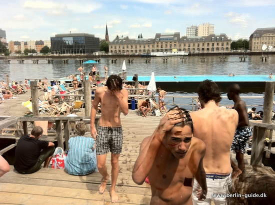 Svømmebade på varme dage